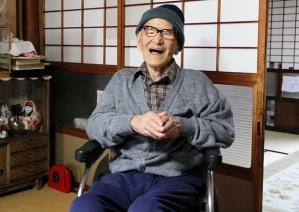 Jiroemon Kimura completou 115 anos e 253 dias nesta sexta. Ele é a pessoa viva mais velha;
